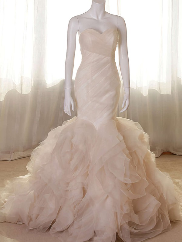 Elegant Sweetheart Champagne Bridal Dress